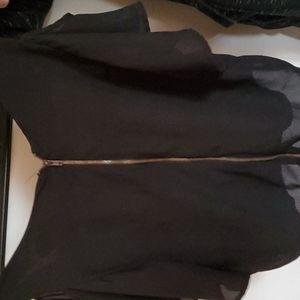 Black open shoulder short sleeve top